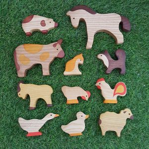 Birch-Bear-Creatures-Wooden-Farm-Set