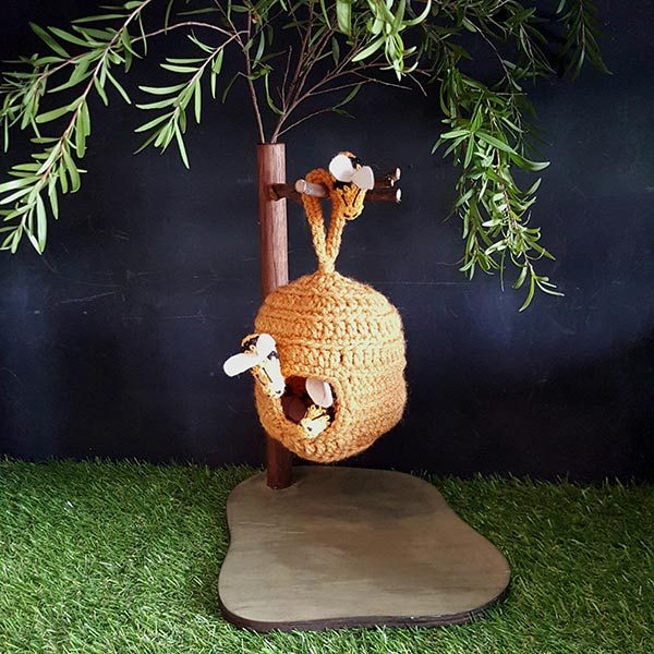 Birch-Bear-Beehive-with-stand-Creatures